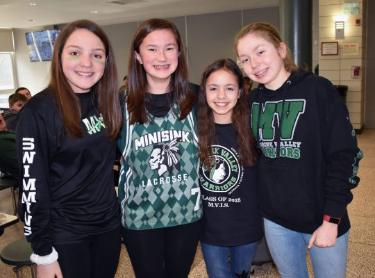 girls wearing Minisink clothing